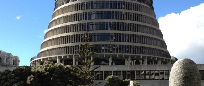 Media law cycle repeats – Gareth Morgan seeks injunction to be invited to TVNZ leaders' debate